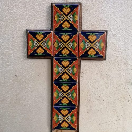 Cruz Mediana Madera con azulejo