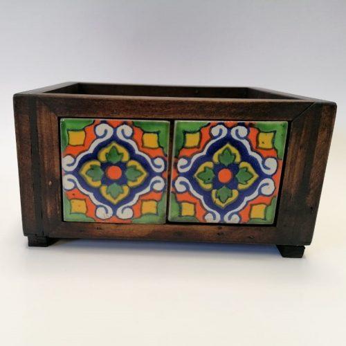 Caja jardinera o multiusos de madera 2×2 c/ azulejo
